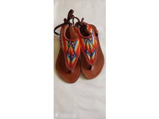 Sandale montante Kényane