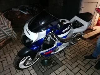 Suzuki Gsxr 600 mit wenig Kilometer!