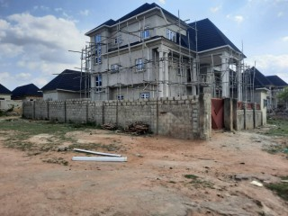 FIVE BEDROOM DUPLEX WITH A BUNGALOW